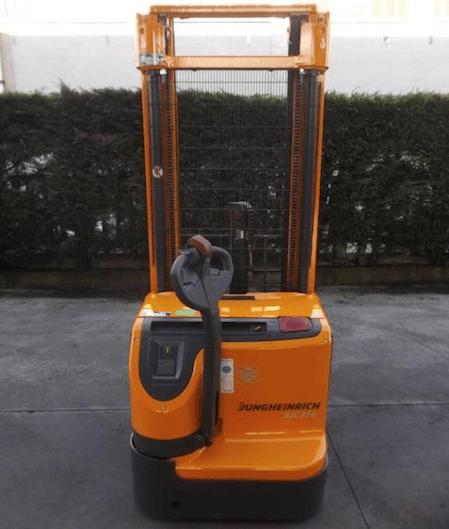 Jungheinrich ejc 214 semcar vendita noleggio for Lavapavimenti elettrico